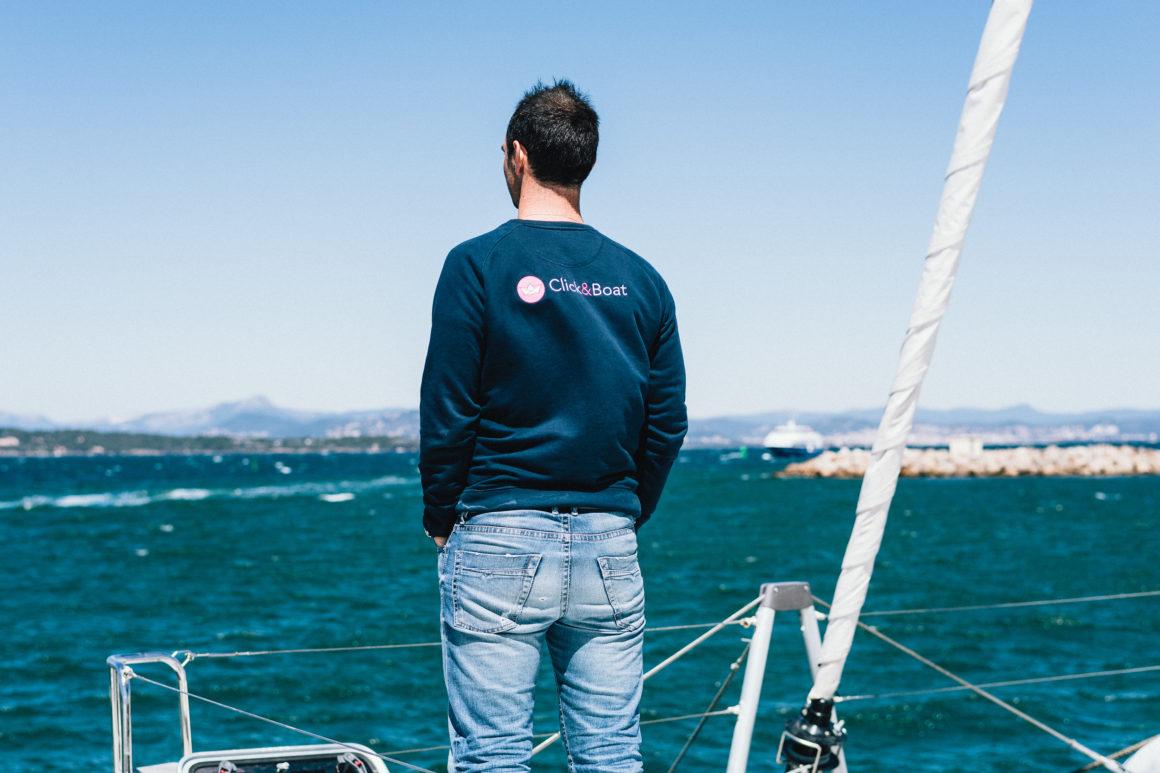 czarter jachtów online morze