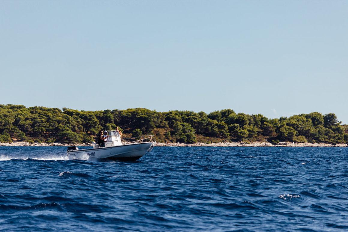 zavala łódź motorowa