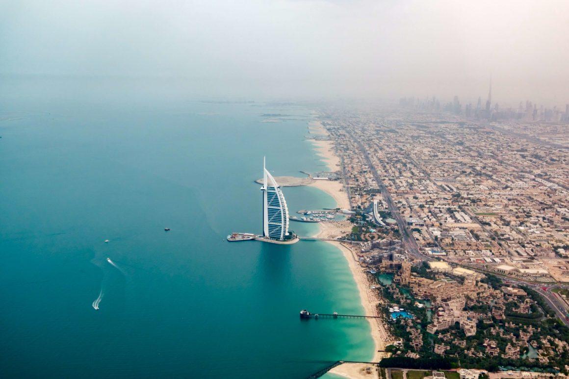 egzotyczne wakacje na pokładzie w Dubaju