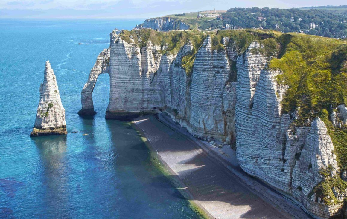 Francuskie wybrzeże Aiguille w Étretat