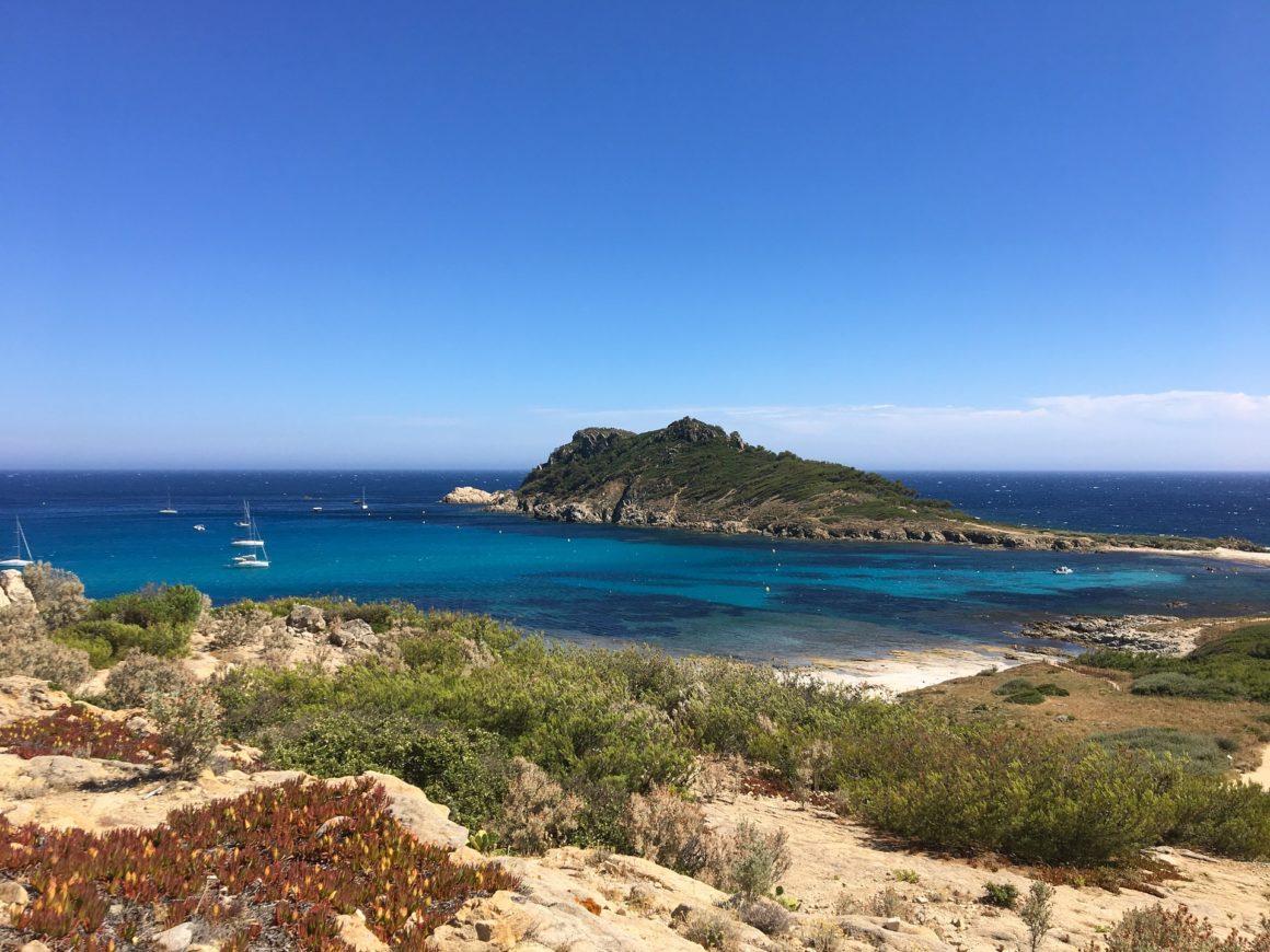 Francuskie wybrzeże Cap Taillat w Saint-Tropez