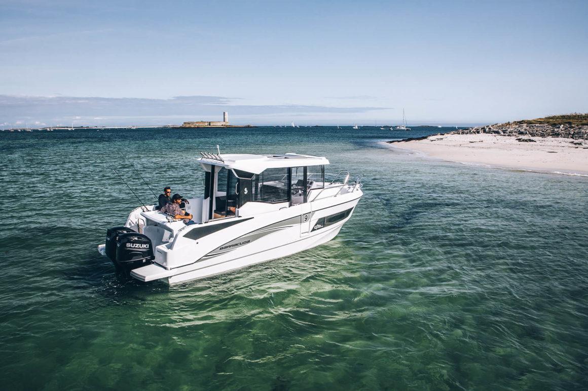 A lancha é um dos tipos de barcos mais comuns na Click&Boat