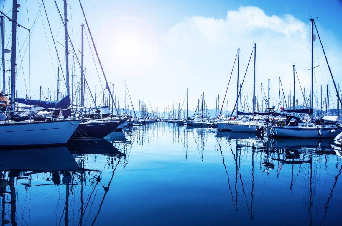 Saber dar um bom nó é essencial não apenas para navegar mas também para fazer a ancoragem do barco em segurança