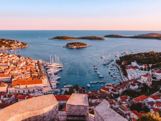 Descubra aqui as melhores ilhas do mundo para conhecer de barco!