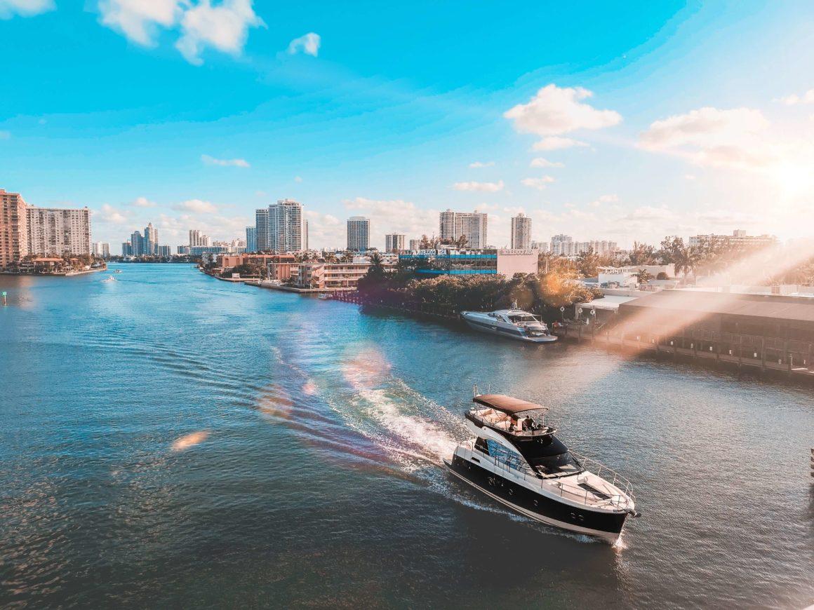Miami é um destino que não poderia faltar na sua lista de viagens para fazer com os amigos