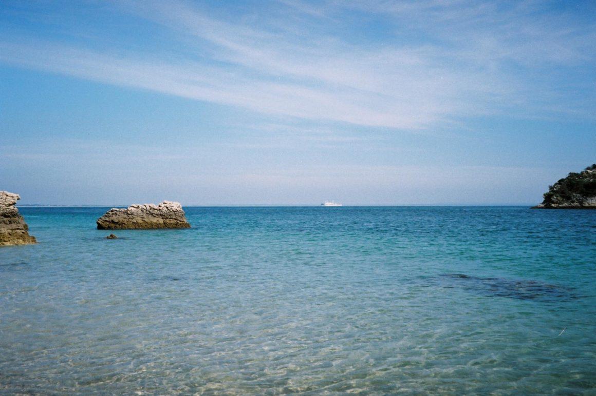 O que fazer em Setúbal: descubra os milhares tons de azul das suas águas!