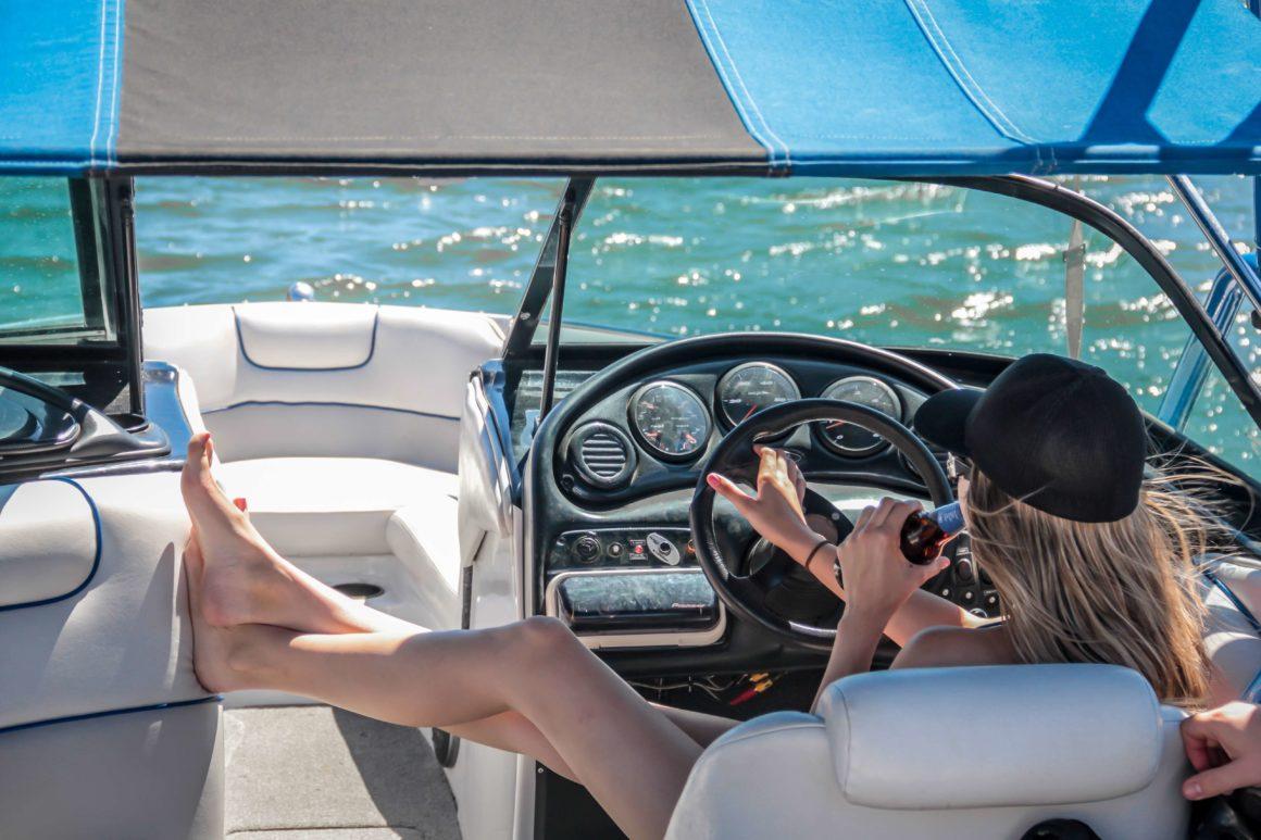 Alugar um barco é a melhor forma de conhecer a Baía de Setúbal com independência