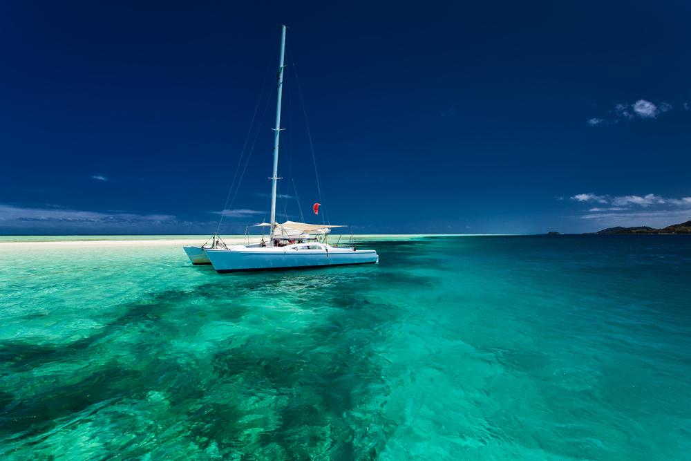 Alugue um belo catamarã para descobrir as ilhas das Bahamas, e faça um cruzeiro super privativo com a família