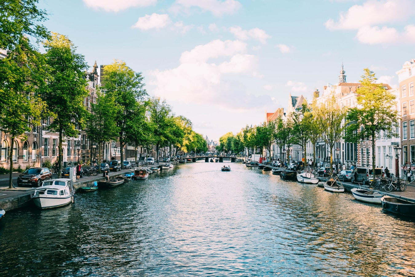 аренда лодки в амстердаме