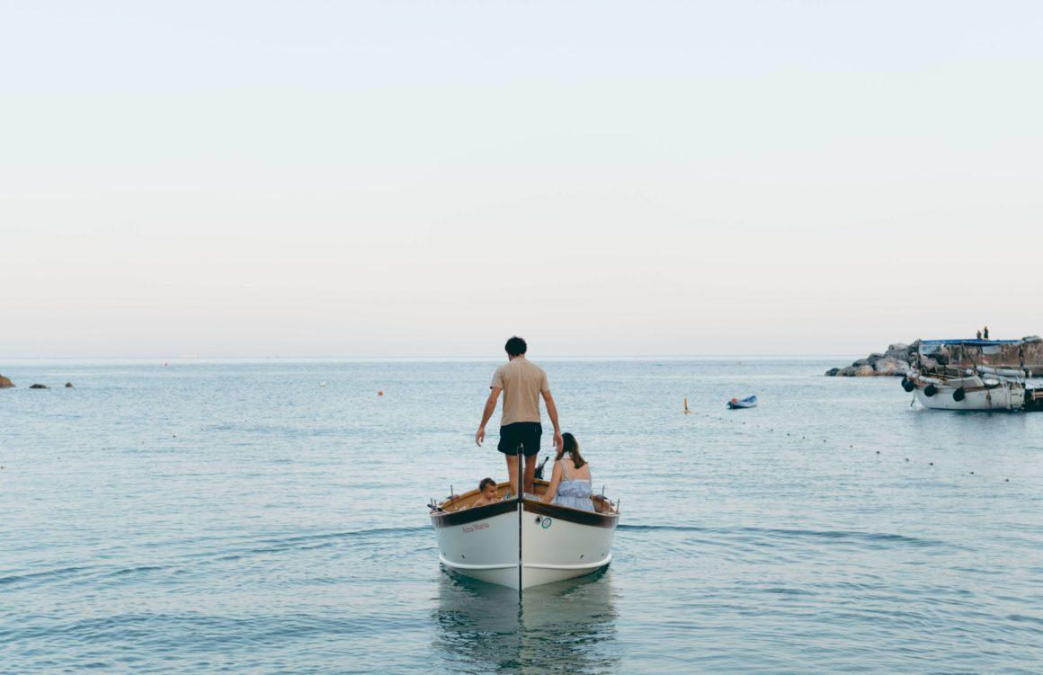 на лодке в Италии