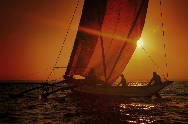 морское путешествие на катамаране