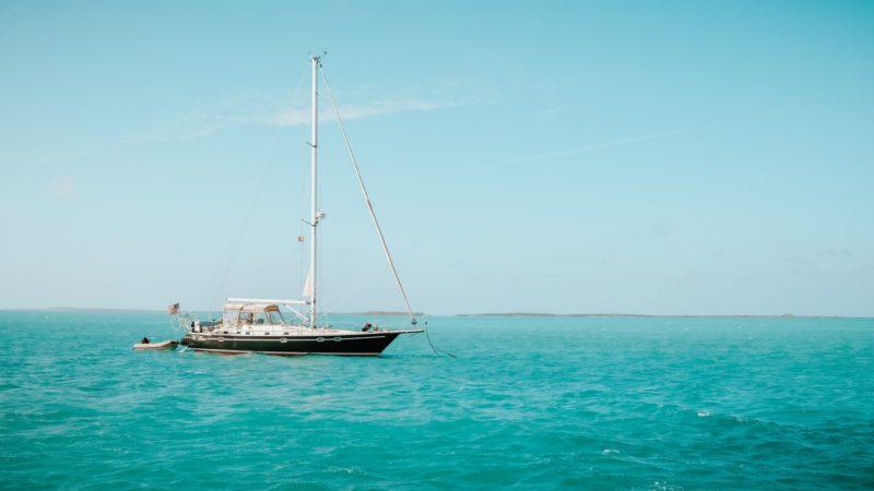 Sailing on board a sailboat in the bahamas