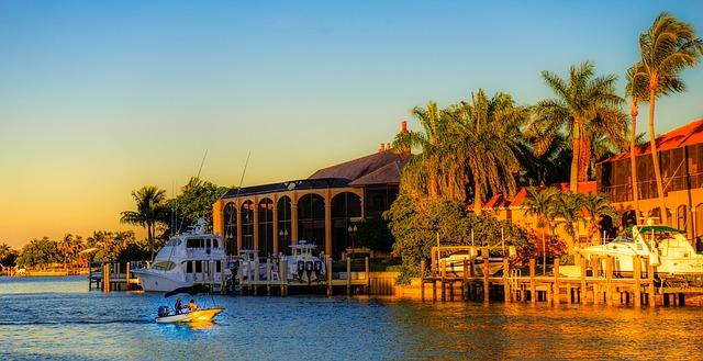 Boating in Marco Island Florida