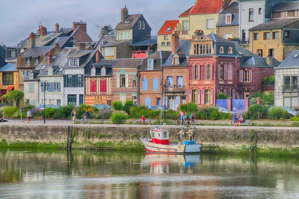 Week-end proche de paris en famille sur le quai de Saint-Valery-sur-Somme